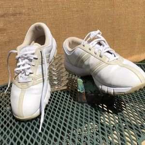 Nike Shoes - Golf shoes ladies